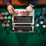 Online Gambling Site – What Are Its Main Features Which Have Attracted People?
